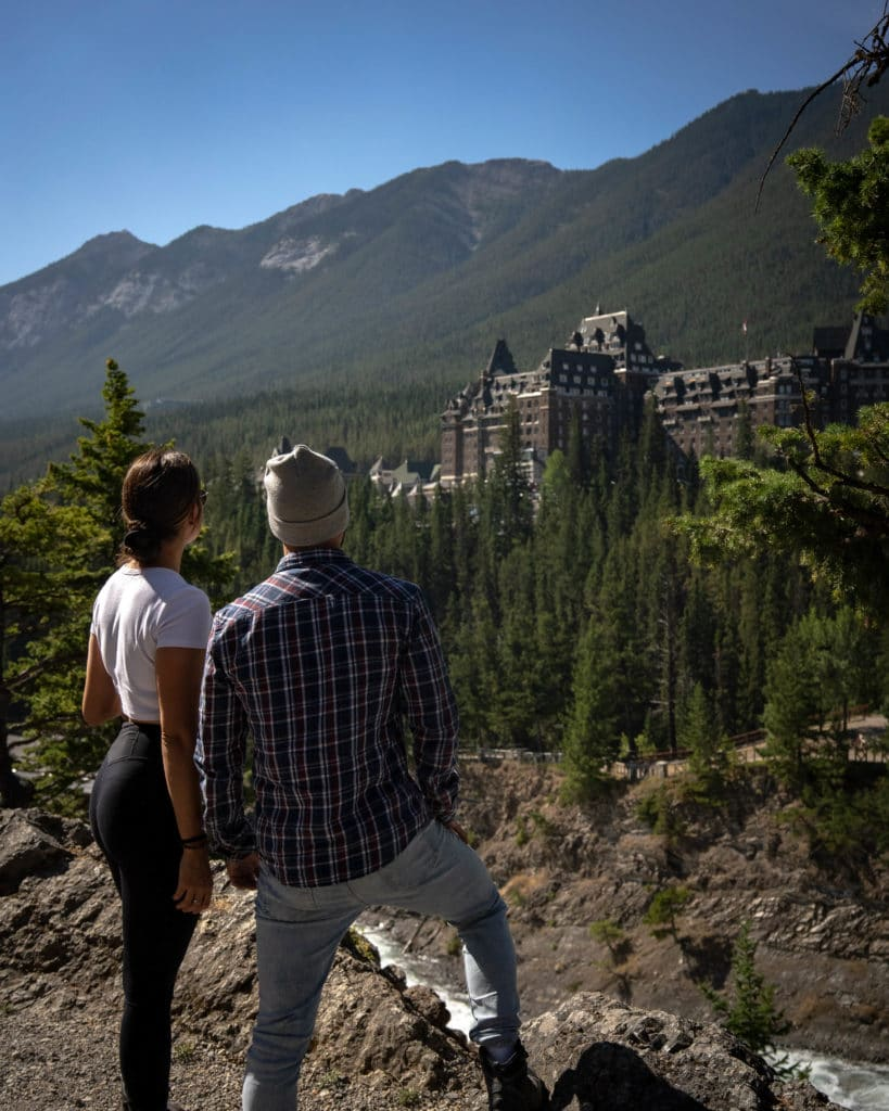 Fairmont-Banff-Springs-hotel-parc-national-Alberta-Canada-rocheuses