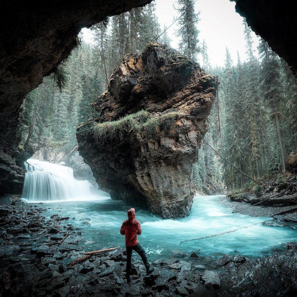 Jonhston-Canyon-rando-banff-parc-national-alberta-canada-rocheuses