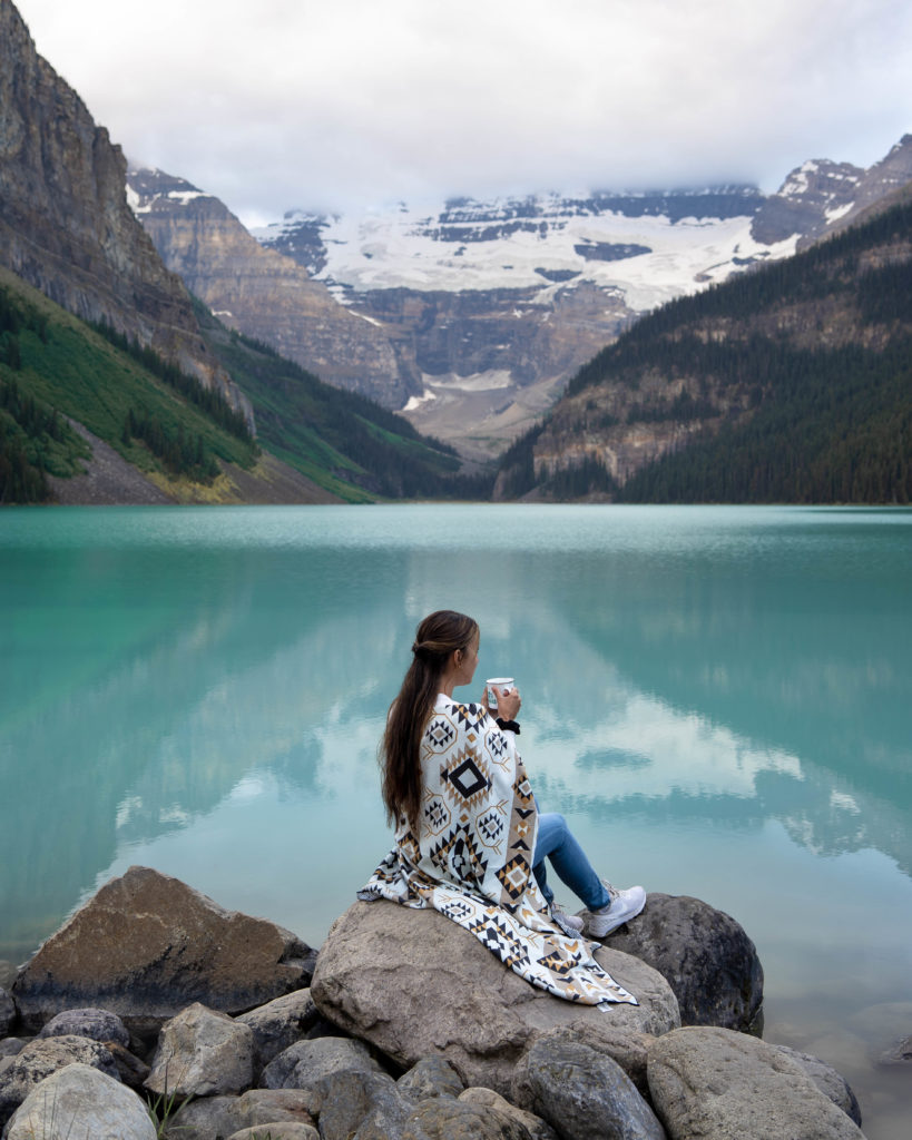 lac-louise-banff-parc-national-alberta-canada-rocheuses