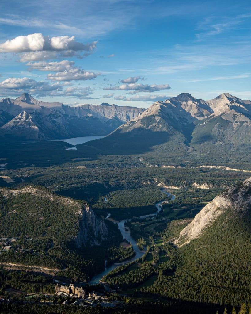 mont-sulphur-banff-gondola-alberta-canada-rocheuses